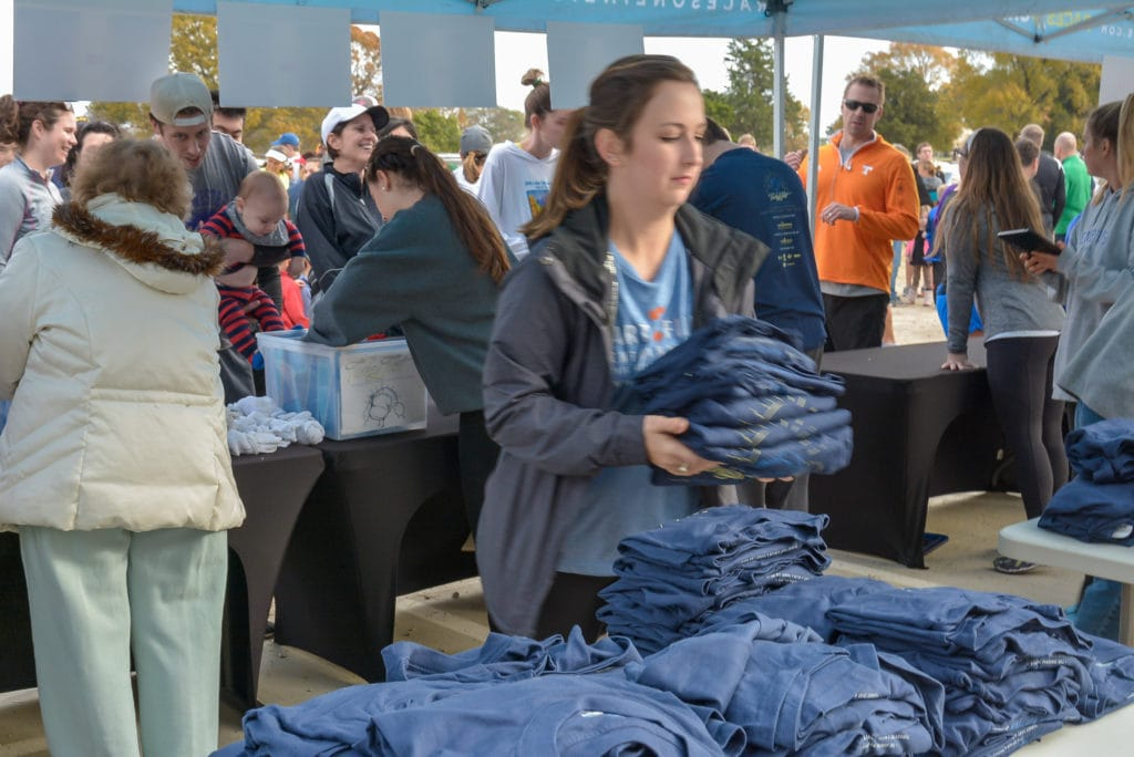 Start2Finish Volunteers Memphis Turkey Trot_Blair Ball Photography